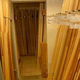 dřevěné lišty na prodejně